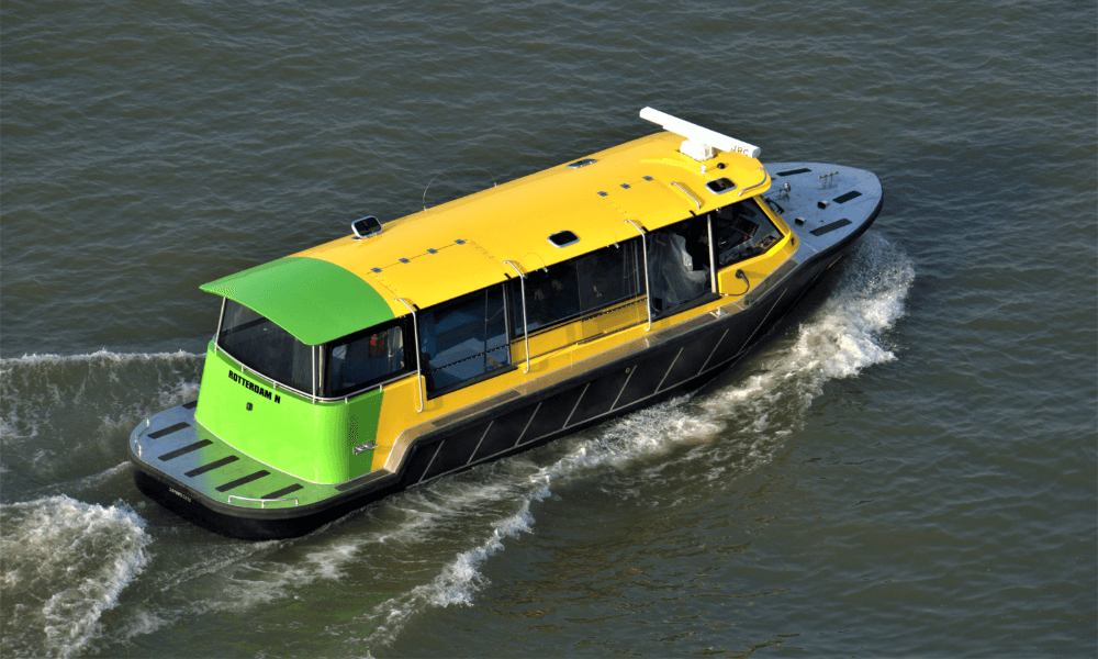 water-taxi-rotterdam-battery-powered-ship