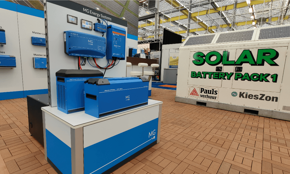 MG Top Systems stand Solar Solutions